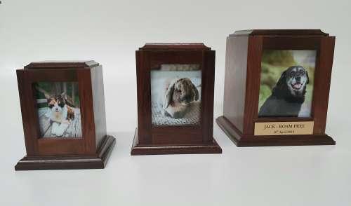Busselton Pet Cremations   Photo Box